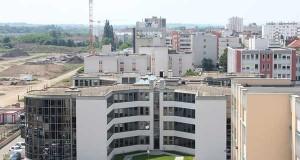 Le centre Pompidou-Metz s'entoure d'immeubles de haute technologie