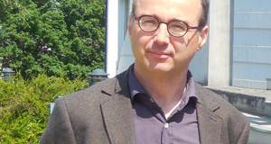 Vincent Goulet, sociologue  <p>« <em>Pour les jeunes, les freins au travail frontalier sont avant tout psychologiques </em>» </p>