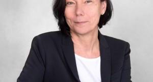 Susanne  Göhner, cheffe de projet de la  Internationale Kulturbörse de Freiburg<p>« <em>Nos stands sont des vitrines pour les artistes et leur pays</em> »</p>